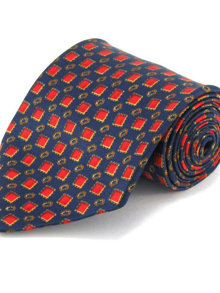 Wiążemy krawat w węzeł Pratta